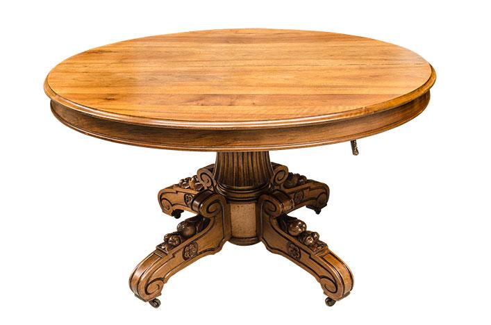 louis xiii table versmissen antiques. Black Bedroom Furniture Sets. Home Design Ideas